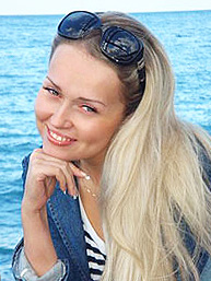A nice woman - Lovetopping.net