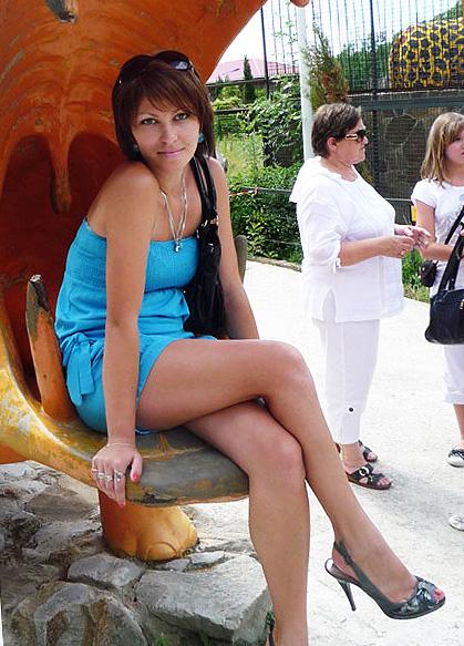 Lovetopping.net - Gorgeous hot women